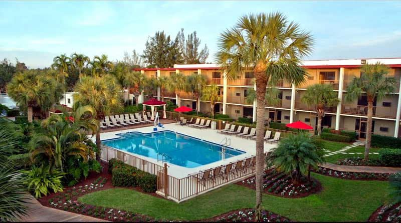 Best inexpensive hotels in Naples Florida