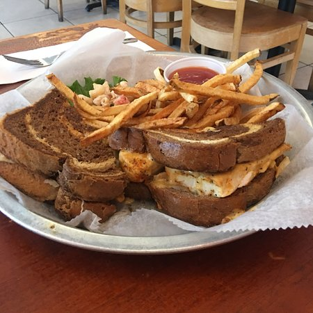 Best restaurants in Port Canaveral Florida